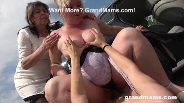 2 grannies just pumped me in public