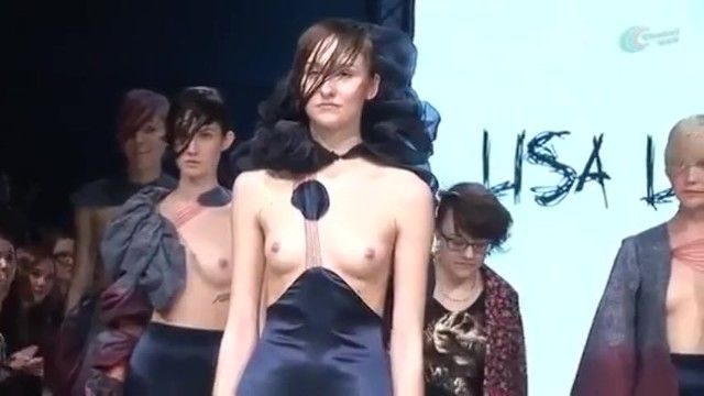 Fashion show love melons